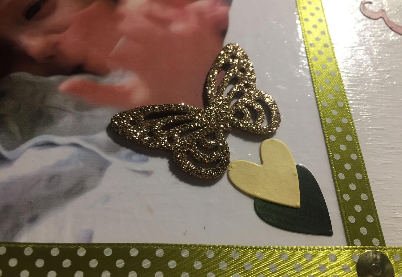 particolare farfalla glitter